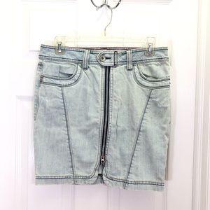 DKNY Light Blue Denim Front Fully Zip Jean Skirt